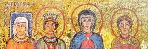 Das Bild der vier Frauen zeigt, dass die Frauen in der Kirche immer schon die Priesterinnen Christi waren: Es sind Theodora Episcopa, Praxedis, Mutter Maria, Pudentia. Das Mosaik befindet sich in Rom, in der Zeno-Kapelle der Kirche Santa Prassede.